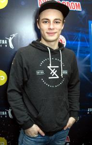Актер Илья Коробко